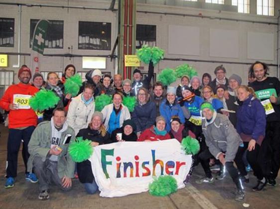 Spreeganer*innen und Vegan Runners Gruppenfoto