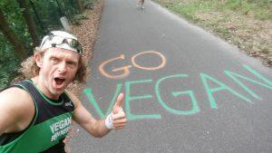 Go Vegan mit Robert